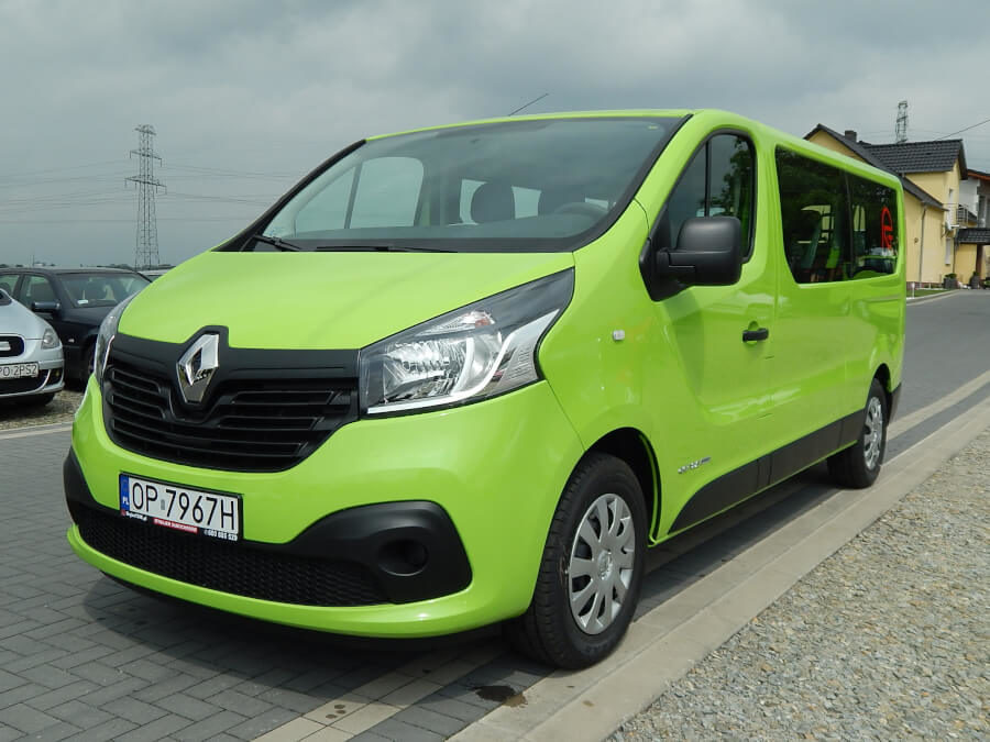 Renault Trafic Long 9 osobowy